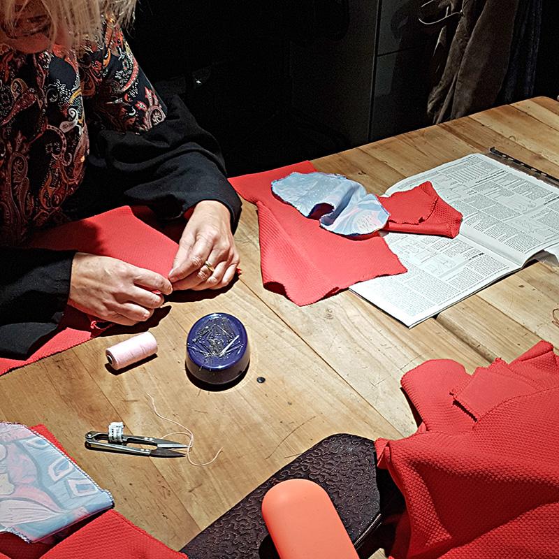 Cours de couture préparation de la p!èce